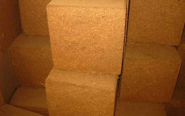 Coco Peat(Coir Pith) / Coir Dust A Horticultural Production by Colombo Quality Products