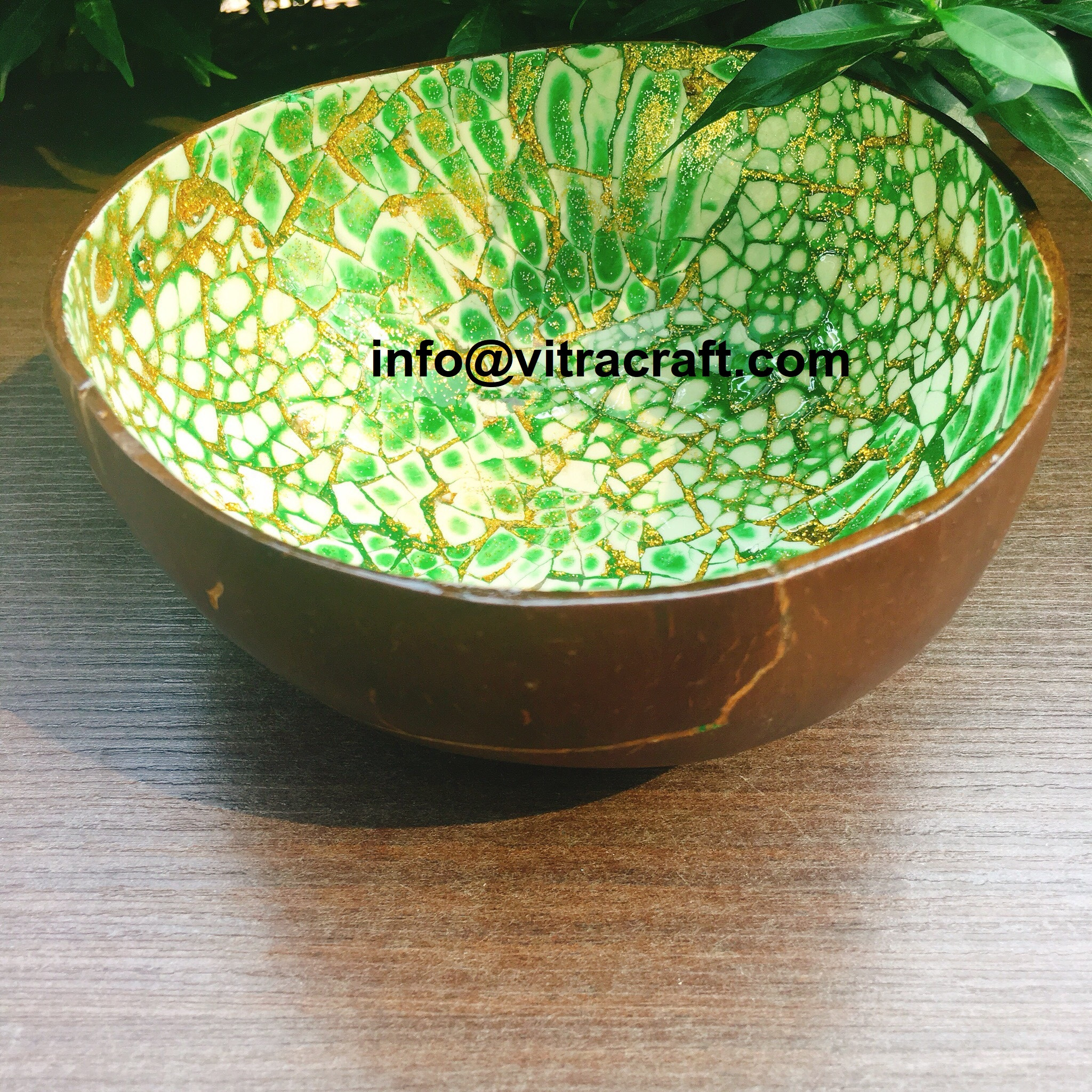 Coconut Bowl Inlayed with Egg – Green – CB21