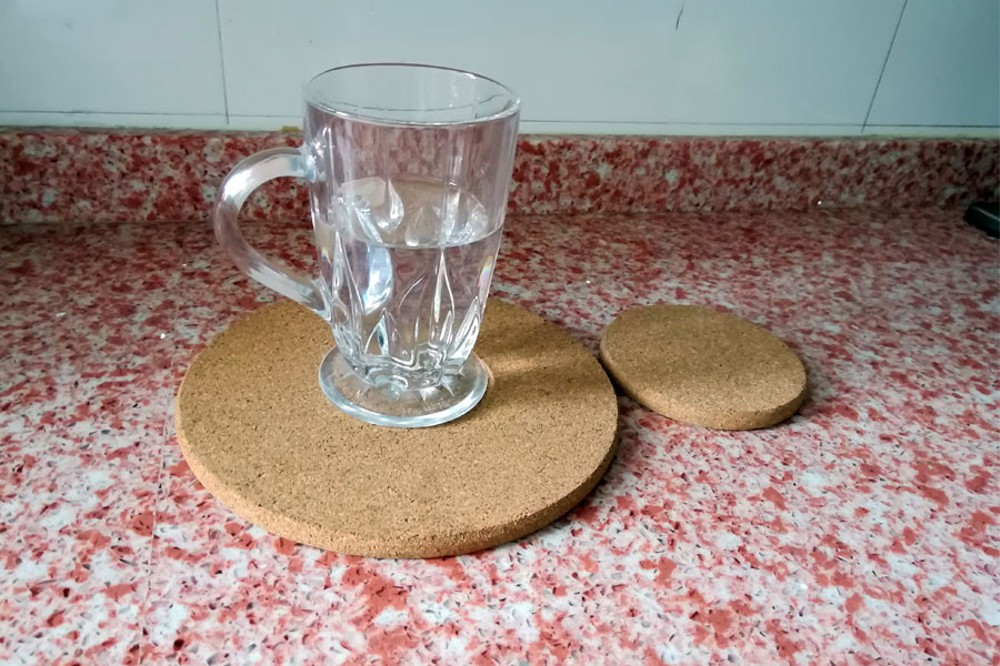 customized cork hot pads for kitchen tableware