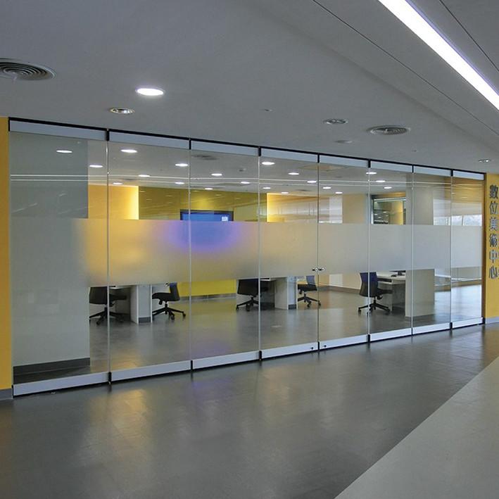Frameless Glass Folding Doors | Zureli
