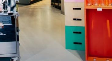 Liquid Vinyl Comfort Resin Floor