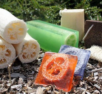 Loofah Soap - Peppermint & Herb Scrub 100g