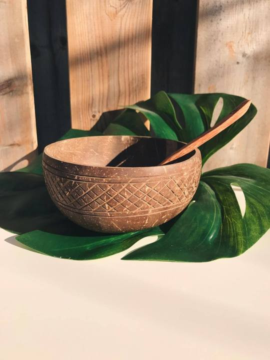 Marella Coconut Bowl with Spoon