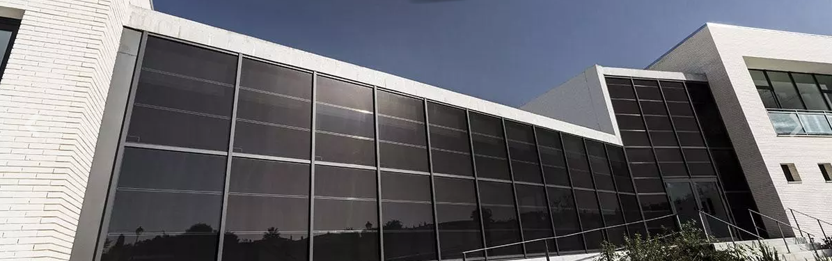 PHOTOVOLTAIC CURTAIN WALL