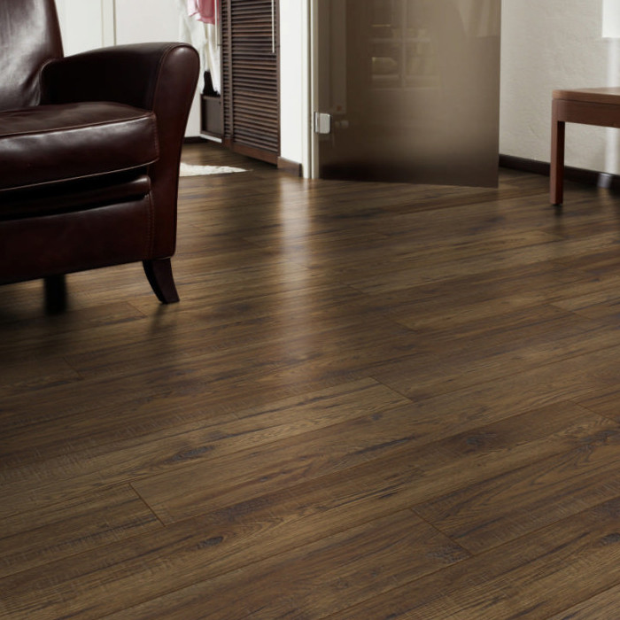 QUICKSTYLE LAMINATE FLOORING