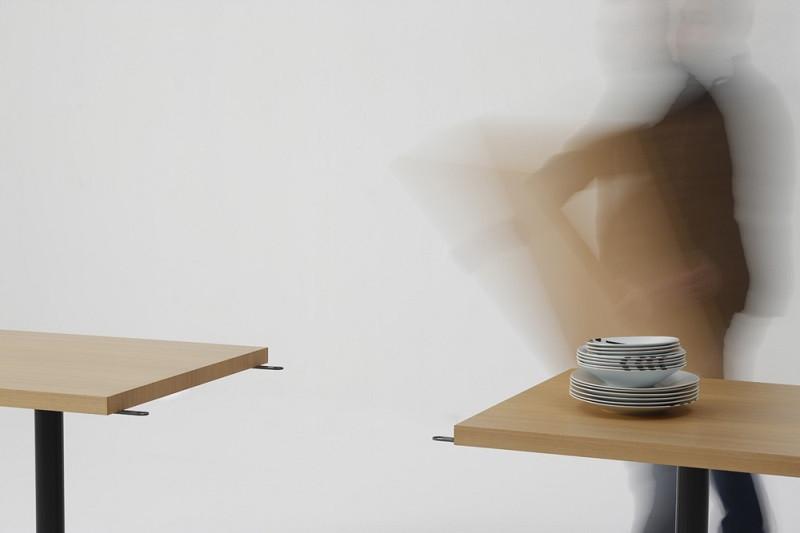 VELA-DORA TABLE