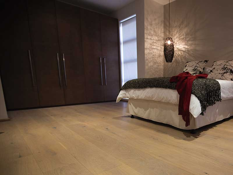 TIMBER FLOORING - OAK COUNTRY | BRUSHED NAT + WHITE OIL