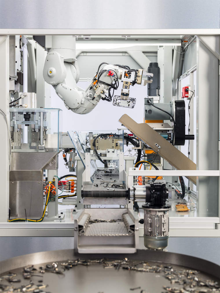 Meet Daisy, Apple's latest robot for recovering and reusing iPhone components