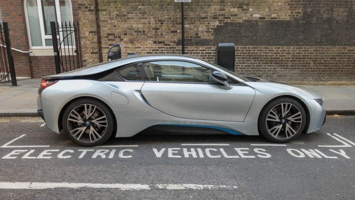 UK funds ultra-fast charging electric car batteries project