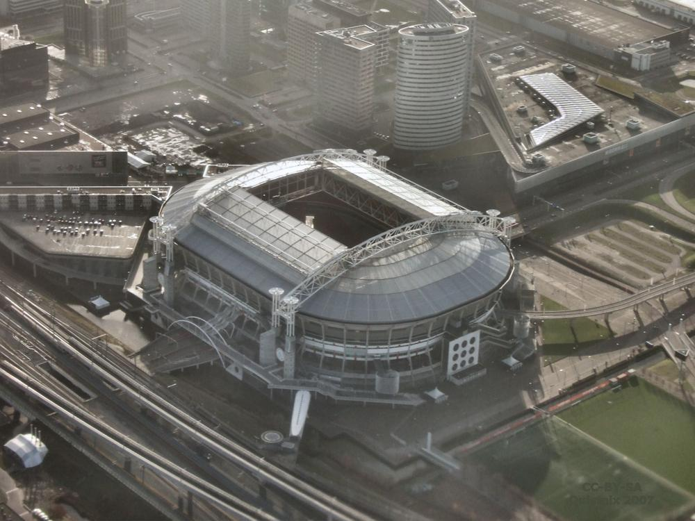 Amsterdam Arena uses Nissan LEAF battery storage system