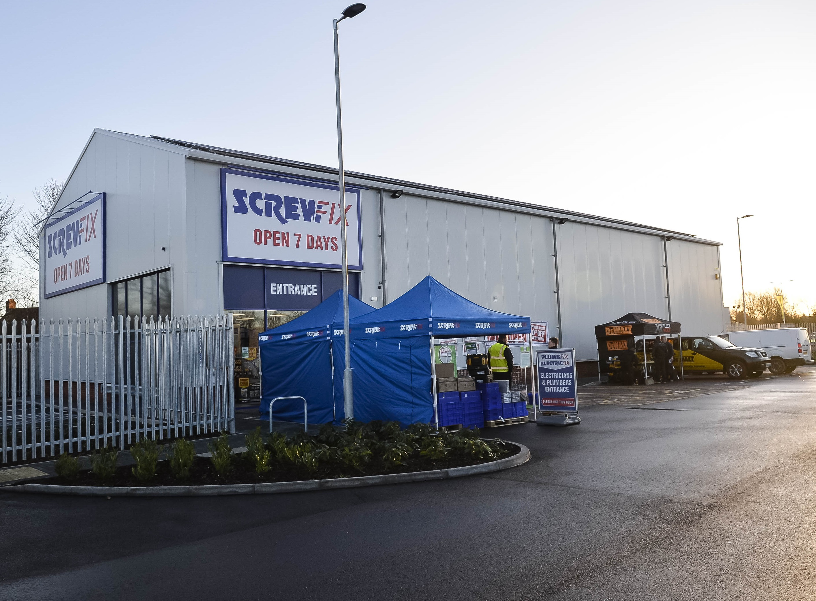 Kingfisher opens net zero energy store powered by solar and storage