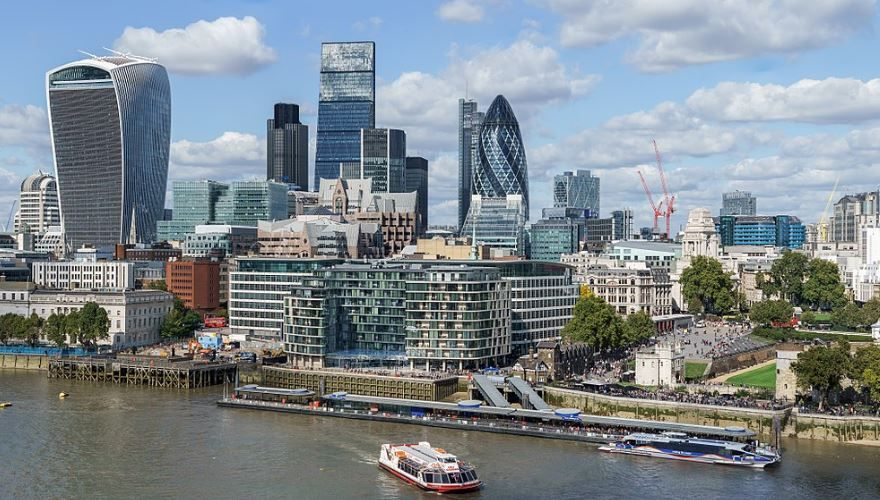 London's 'Square Mile' to go 100 percent green in October