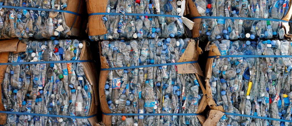 5 ways to reduce single-use plastic in the Middle East