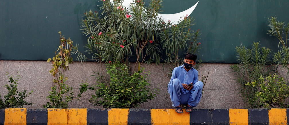 Pakistan's 'green stimulus' scheme is a win-win for the environment and the unemployed