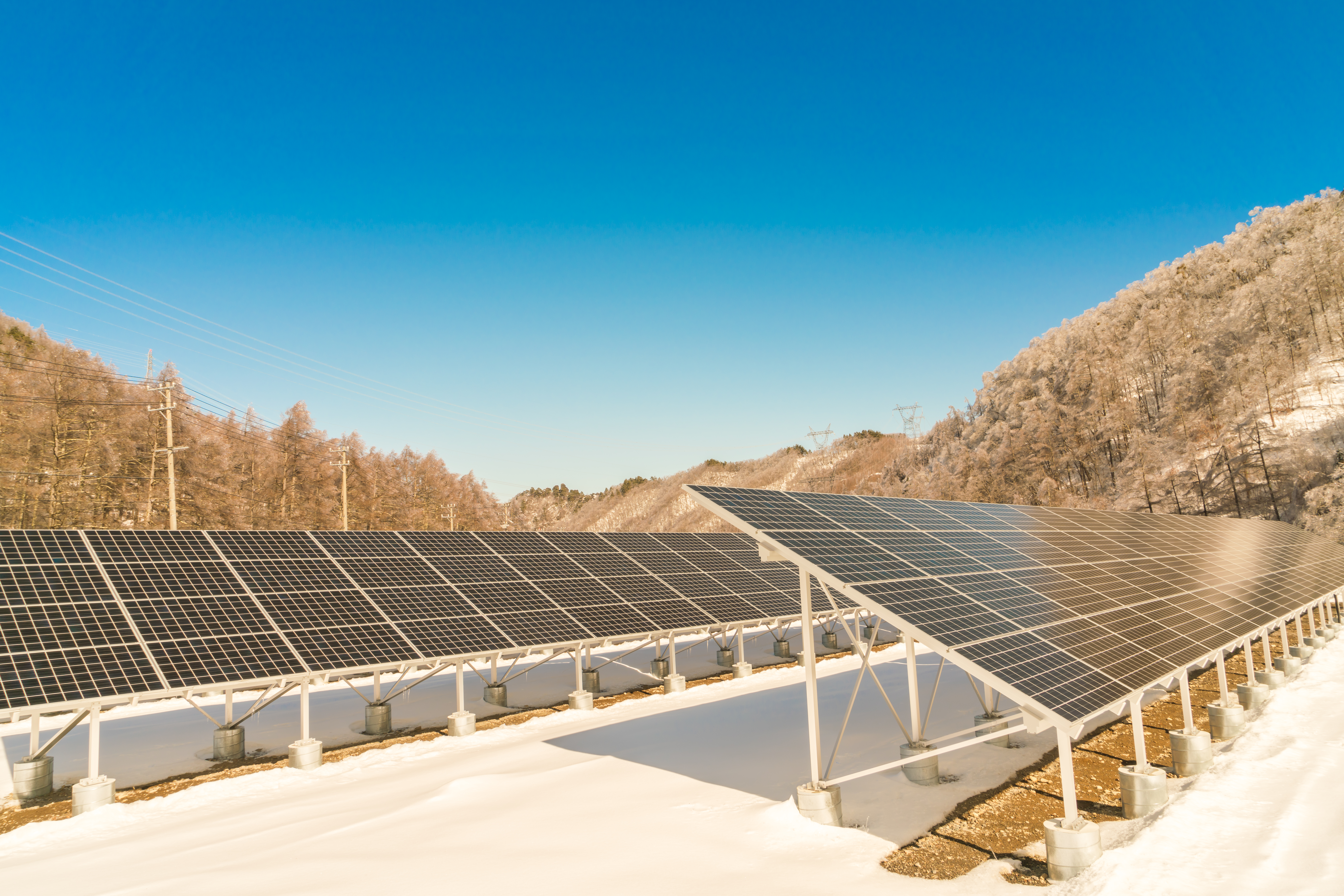 New Solution For Cooling Solar Panels