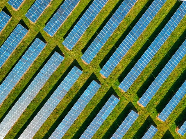 Government gives go-ahead for Britain's largest solar farm