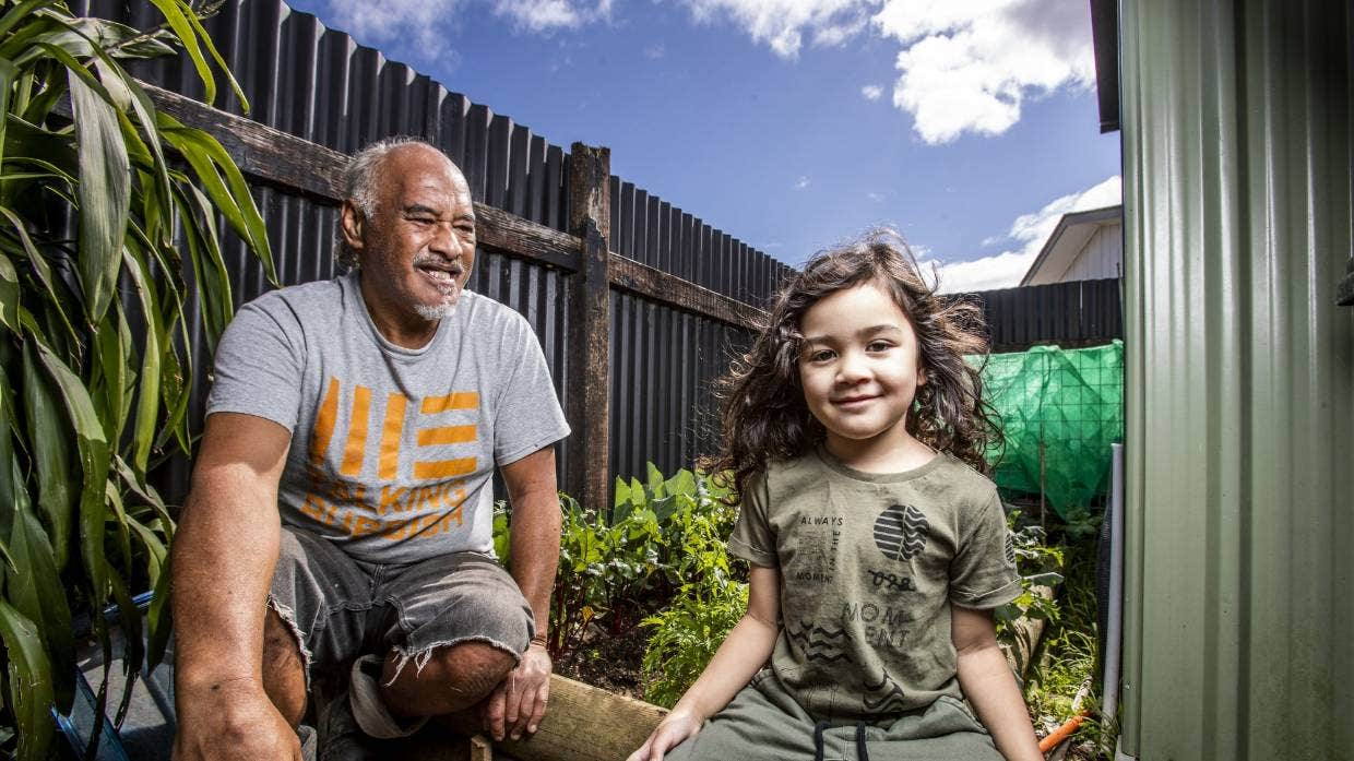 Māngere family of 11 puts out less than one bin of rubbish a week