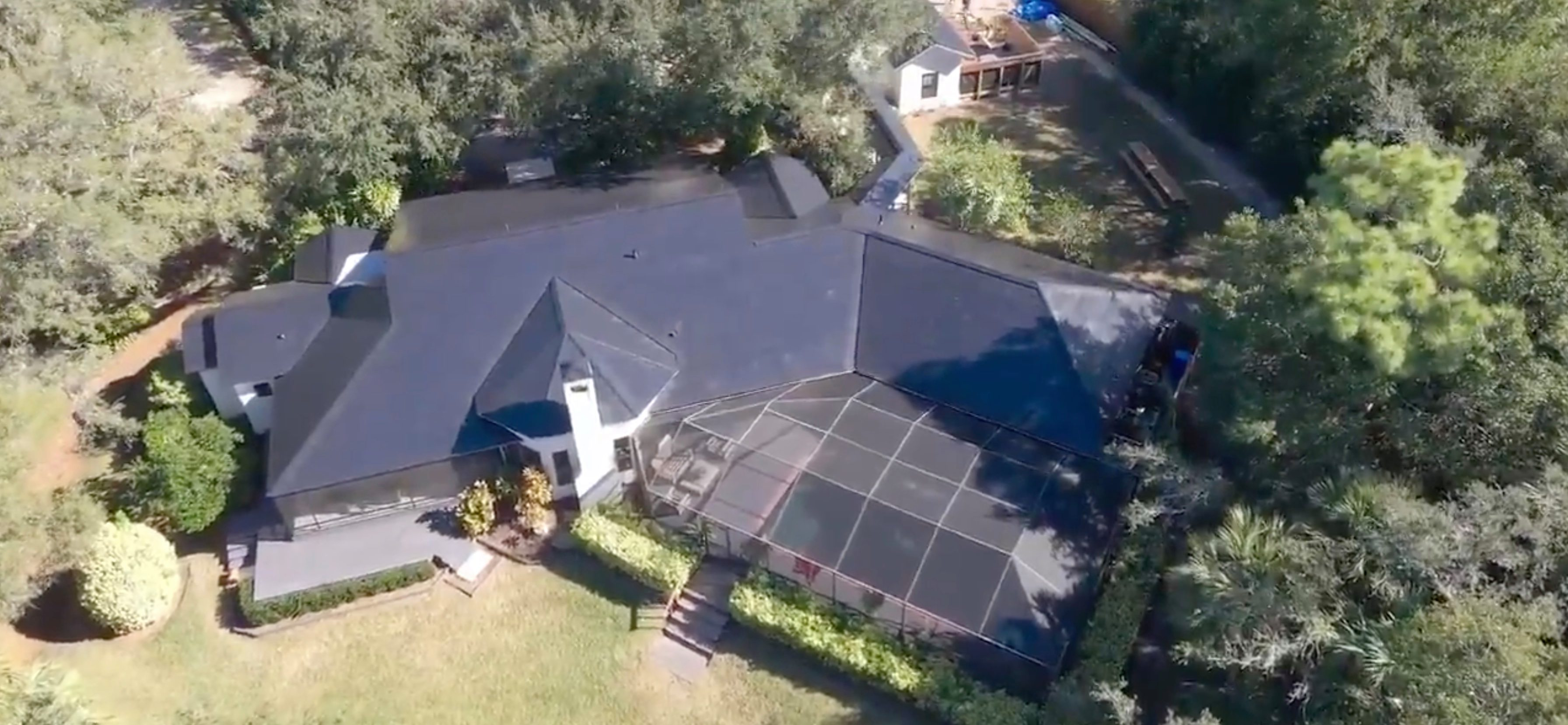 Giant Tesla Solar Roofs: Jaw dropping video gets response from Elon Musk