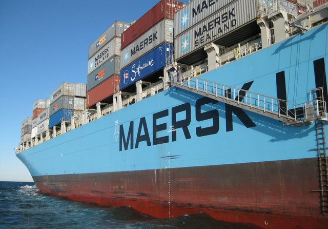 Maersk eyes 'leapfrog' to carbon neutral fuels in shipping